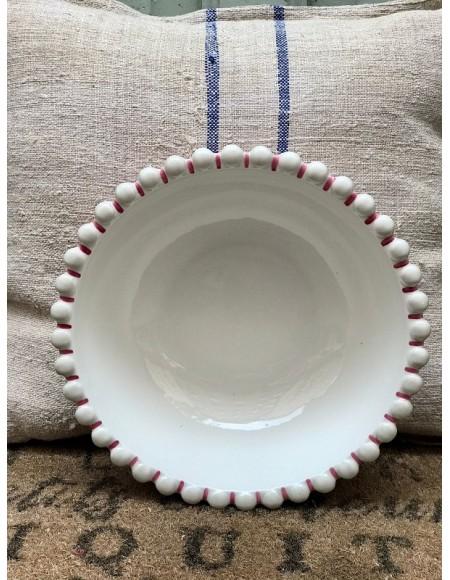 Ensaladera de porcelana francesa pintada a mano