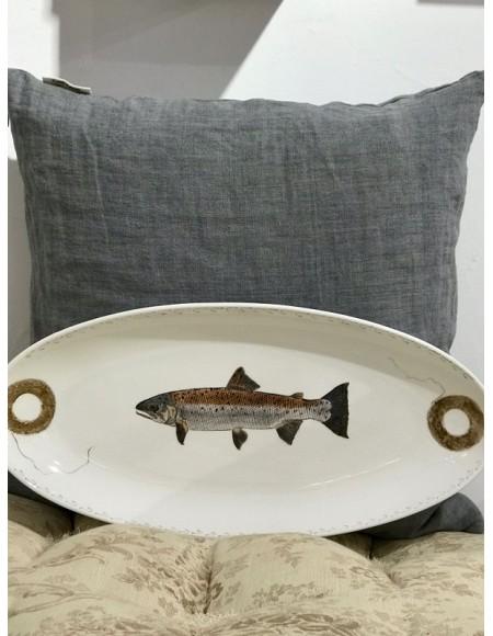 Bandeja de porcelana pintada a mano con motivo de peces y sus artes de pesca