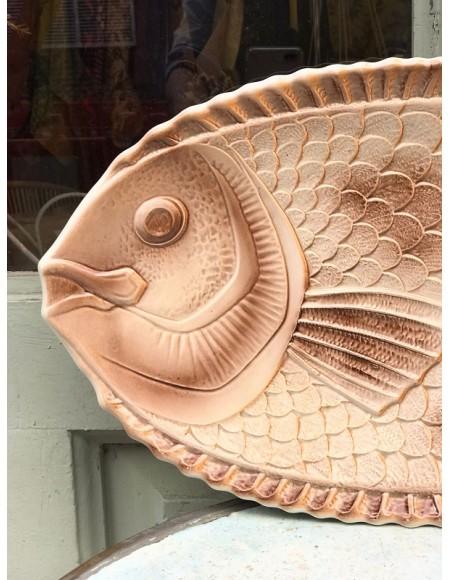 Fuente de cerámica vidriada francesa