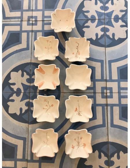 Cuencos para aperitivos, salsas de porcelana francesa pintada a mano.