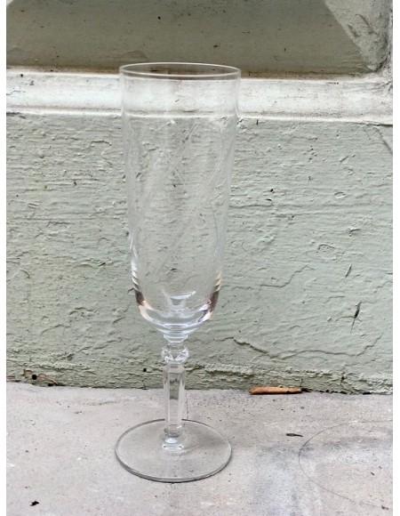 Copas de champán de cristal francés tallado